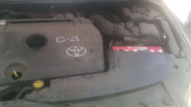Lady owned Toyota Avensis for Sale! Embakasi - image 8