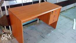 009 4FT Office Table