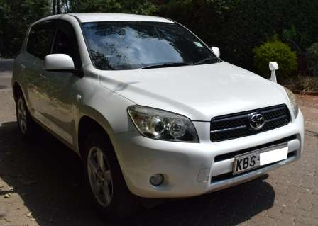 Toyota Rav 4 KBS [Automatic,Cruise Control,Power Window and Mirrors] Karen - image 3