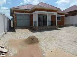 Splendid 3 bedroom house for sale in kiira at 130m