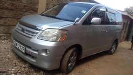 Clean 2006 Toyota Noah. Buy and drive