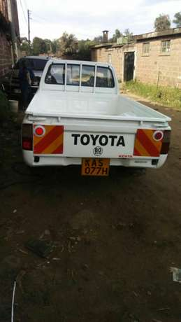 Quick sale! Toyota pickup Millennium KAS available at 970k asking! Nairobi CBD - image 6