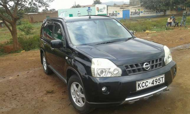 Nissan X-trail newmodel Very Clean and in Good condition Kalongo - image 2