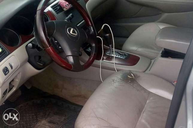 2003 ES 300 Lexus tested okay Good condition Ikeja - image 5