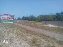 Cheap Fenced Dry And Flat Land In IBEJU LEKKI