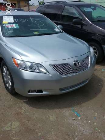 Super clean xle Camry muscle thumb start Lagos Mainland - image 1