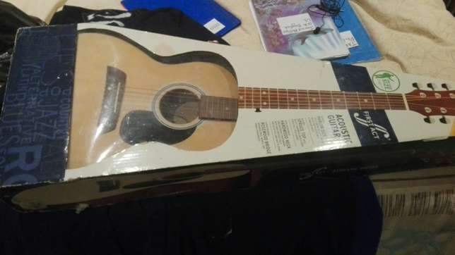 Guitar for sale Wibsey - image 3