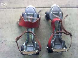 Adjustable Skaters Used 1500/=