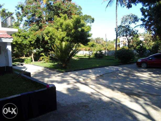 One bedroom guest wing for long term let, Nyali near police station Nyali - image 1