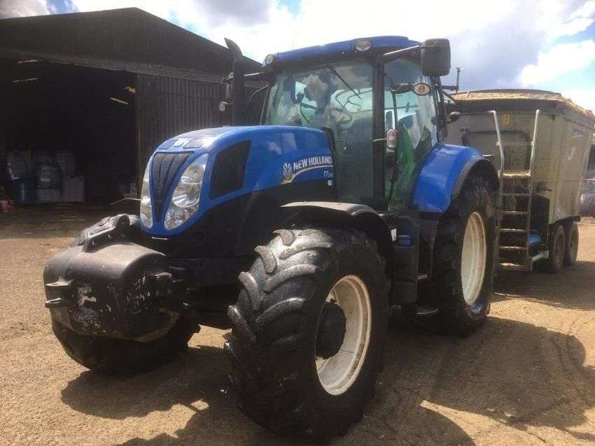 New Holland t7.210 - 2014 - image 2