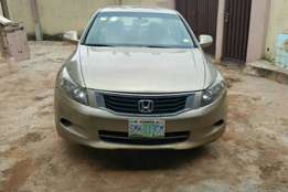 Honda Accord available for grap