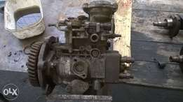 isuzu kb 250d injector pump an head