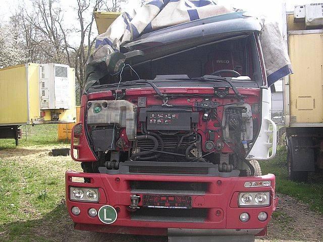 Iveco 260 S 43 STRALIS 6x2 Schalter UNFALL - 2004