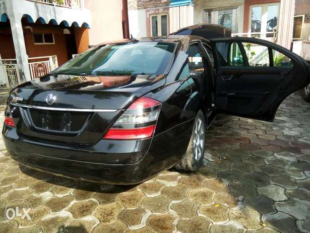 Fairly used mercedes benz s class, very clean and sharp. Obia/Akpor - image 6