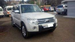 mitsubishi pajero 2009 diesel 7seater super clean fresh import