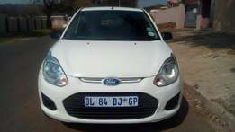 2015 Ford Figo 1,4 Colour white