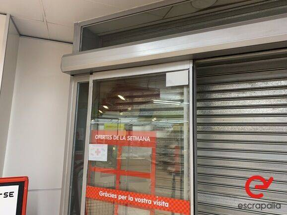 Sale puerta automática  equipment for  by auction