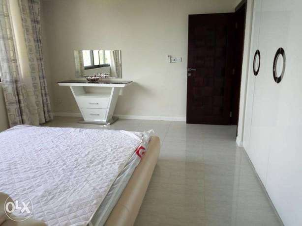 Massive and Spacious 3 Bdrms Furnished Beautiful Modern Apartment in O Dar es Salaam CBD - image 8