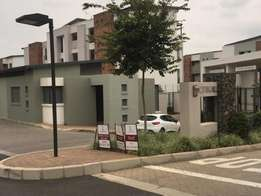 Notting hill to rent 1bed in randburg ferndel on west street