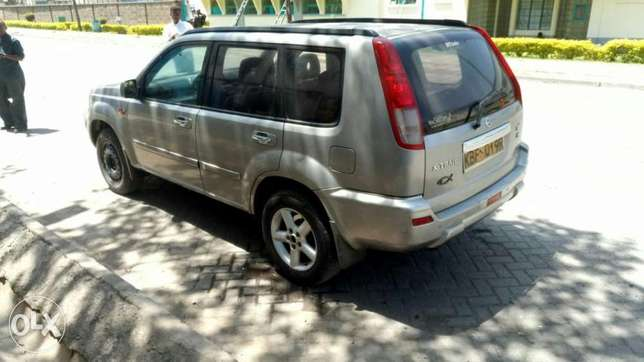 Nissan Ex-Trail Manual Industrial Area - image 2