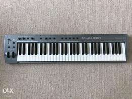 M-Audio ProKeys Sono 61 Digital Piano, USB Midi Keyboard and Soundcard
