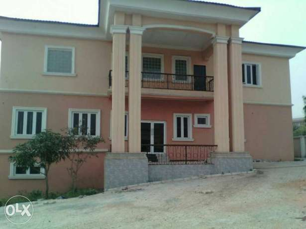 Newly built 10bedroom en-suite duplex at Independence Layout in Enugu. Enugu North - image 2