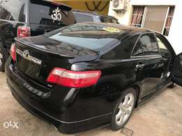 Tokunbo Toyota camry sport edition black
