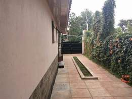2 Bedroom house to let in Muthaiga North
