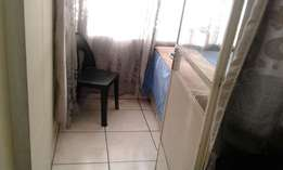 Bachelor flat to rent in Pretoria West