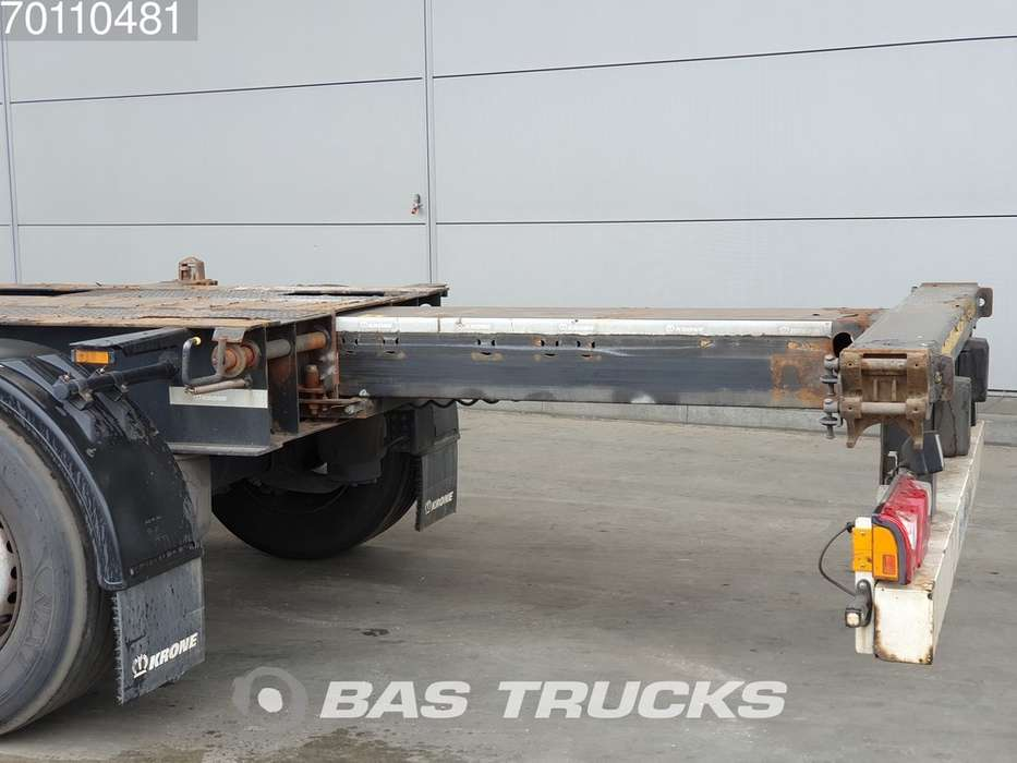Krone 2x20-1x30-1x40ft. 3 axles Ausziehbar Extending Chassis - 2012 - image 8