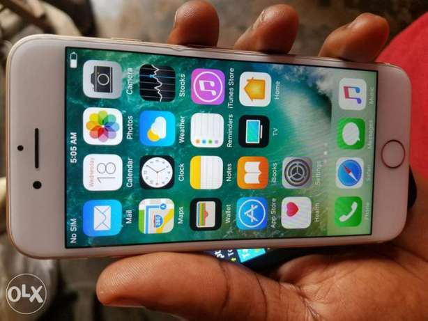 Iphone 7 32gb mint clean Ibadan South West - image 5