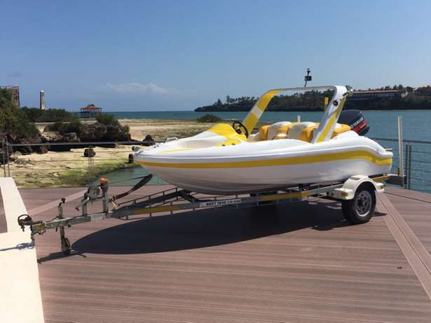 speed boat for sale. Tudor Four - image 3