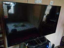 Very Clean 42 inch LED Lg TV for sale
