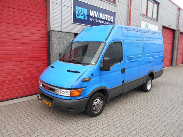 Iveco Daily 35 C 13V 330 H2 dubbellucht 3 zits - 2004
