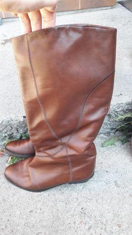 Італійські шкіряні чоботи  200 грн. - Жіноче взуття Львів на Olx 601126e28f48b