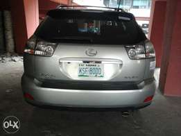 Extra clean Rx330 full option DVD reverse Cam