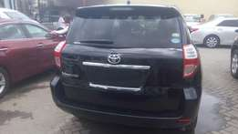 Fully loaded Toyota Vanguard On Sale