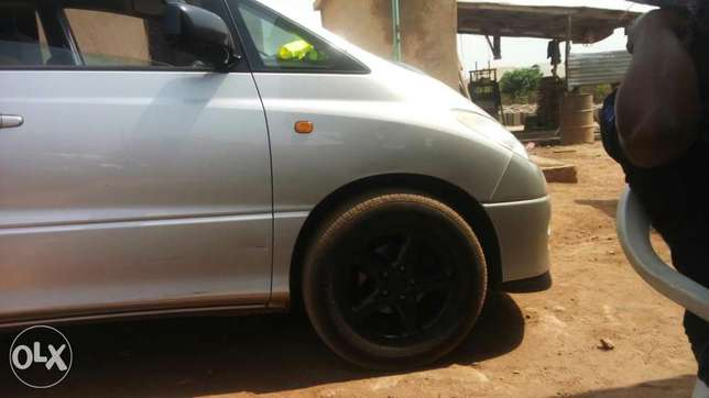 Tokunbo Toyota previa for sell Osogbo - image 8