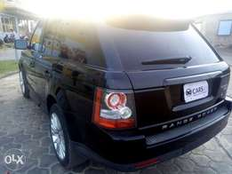 Very Clean Range Rover sport 2010