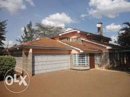 4 bedroom house with 2Servant Quarters to let in Runda.