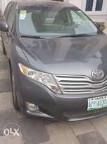 Toyota Venza 2011 model neatly used