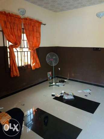 2 units of 2 bedroom flat and 2 units of a room and parlour for sale Akure South - image 6