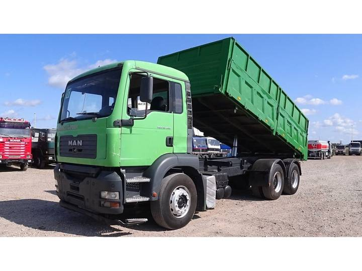 TGA 33.410 (BIG AXLE / STEEL SUSPENSION / MANUAL GEARBOX) - 2004