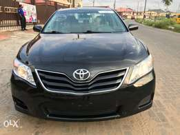 Clean Toks 2011 Toyota Camry DVD/Reverse Camera * Dealership Price*