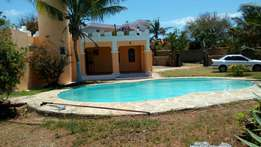 3 bedroom's own compound serena