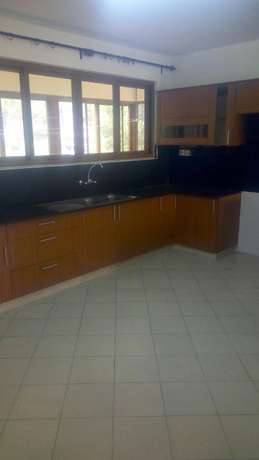 Three bedrooms apartment to let Westlands - image 6