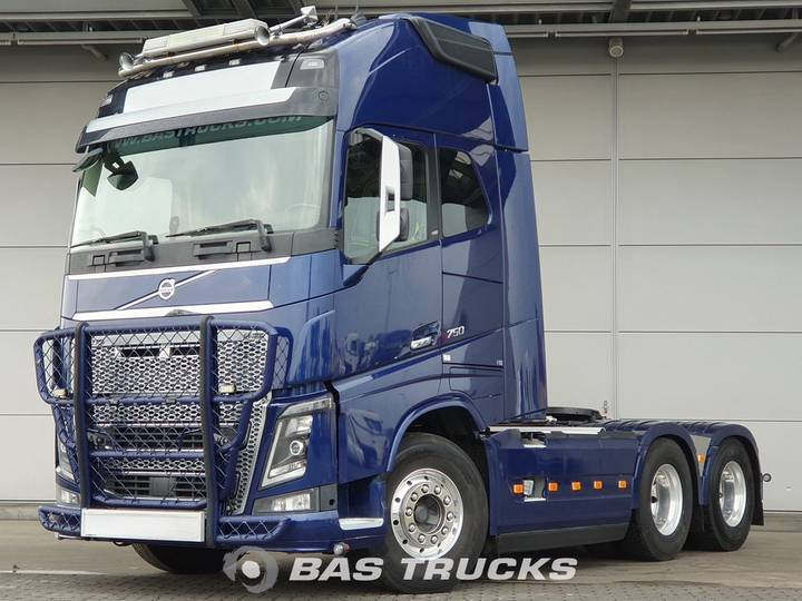 Volvo FH16.750 XL 6X4 Retarder Full safety options / Leasing - 2015