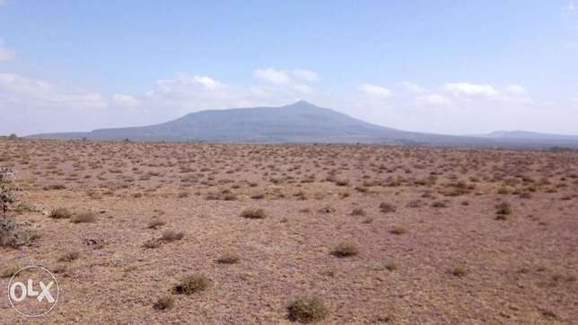 6acres at Longonot with title deed Naivasha - image 2