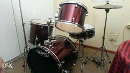 Mapex Drumset R3000!!!