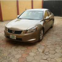 very clean first body gold colour Honda Accord spirit 08 with full opt